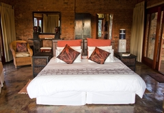 Basil's Boma Harties Accommodation