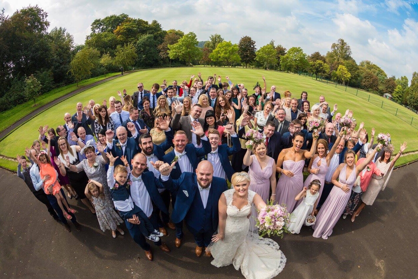 Planning a wedding for 200 Guests? Guide to a stress free wedding