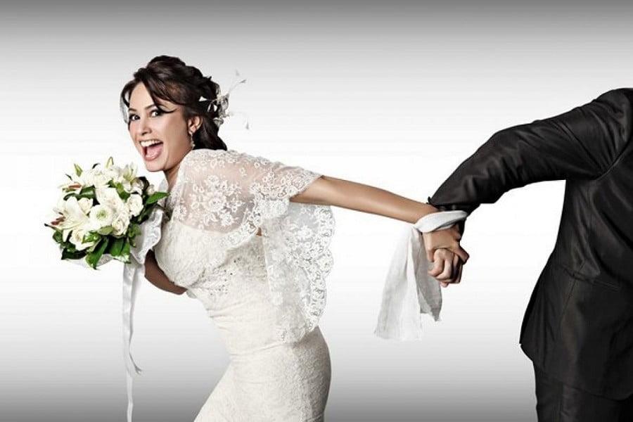 Wedding Traditions Romania